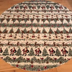 Round Tablecloth with Santa, Snowmen, Birds